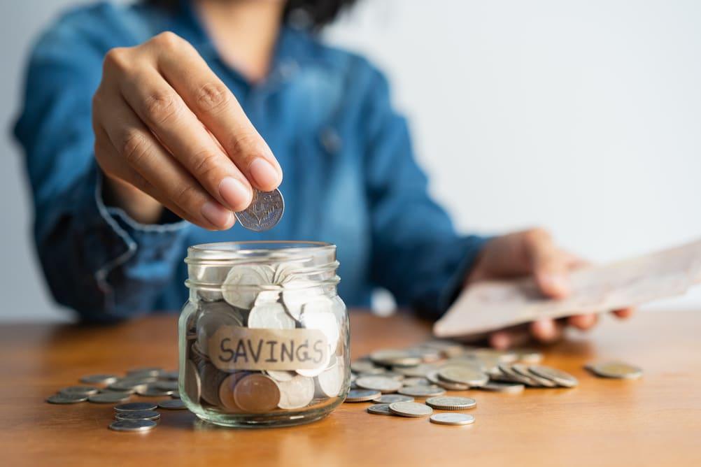 9 Tips for Saving Money